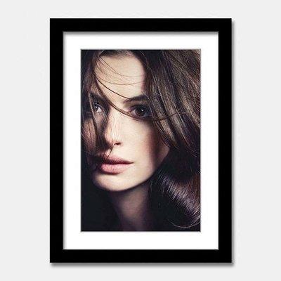 X|設|計 歐美女星安海瑟威Anne Hathaway掛畫裝飾畫電影黑白藝術人物裝飾畫空間設計掛畫餐廳牆畫收藏品版畫