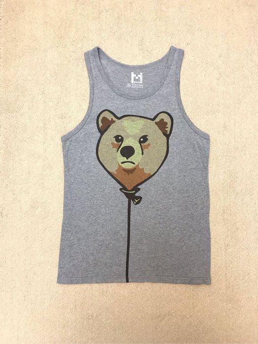 灰色小熊背心
