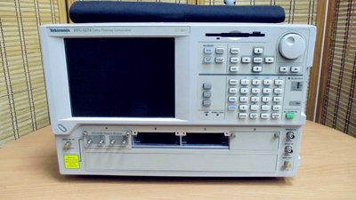 康榮科技二手Tektronix DTG5274+DTGM30 2.7 GHz Data Timing Generator