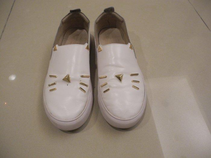 貓鬚造型釦飾 白色全皮平底鞋 休閒鞋 舒適懶人鞋 穆勒鞋 男鞋尺寸 26號/42號/9號 超取免運 萊爾富免運