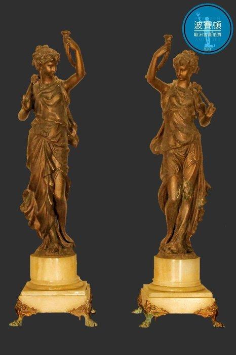 【波賽頓-歐洲古董拍賣】歐洲/西洋古董 法國古董 19世紀 拿破崙三世風格 維納斯女神 一對 大理石底座(高度:58公分)