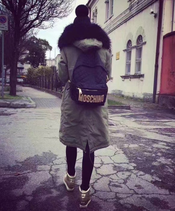Moschino backpack 小型後背包 黑金 MOSCHINO