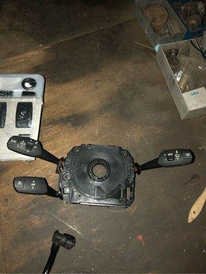 BMW E90 91 92 93AIR桶 煞車總幫 雨刷連桿含馬達 方向燈撥桿組 冷氣控制面板