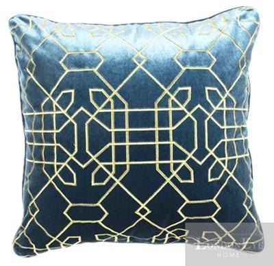 【 LondonEYE 】NeoClassic新古典X奢華織品系列X抱枕套 紳士藍絨立體繡 豪宅/會所/樣品屋 CN01