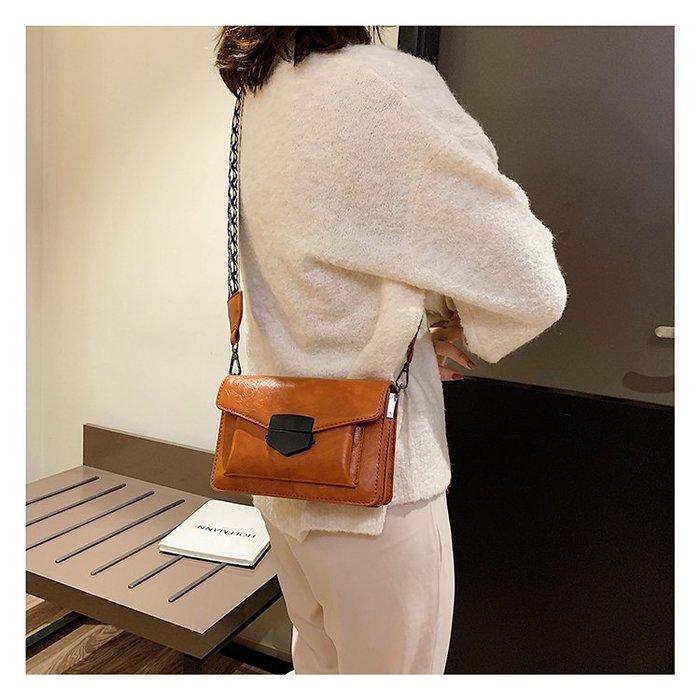 FINDSENSE X 韓國 女士 時尚復古 民族風寬肩帶 多功能斜挎包 側背包 單肩包 小方包