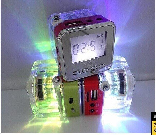 【包大人】TT029 TF卡 隨身碟鬧鐘 音樂收音機 音響 歌詞閱讀機 五彩插卡音箱 6色