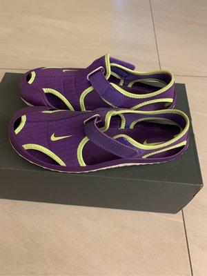 Nike 兒童紫色涼鞋