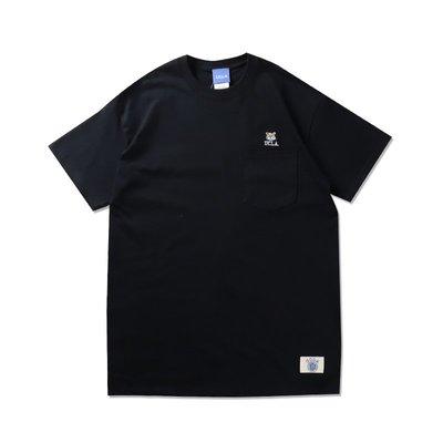Freaky House-日本Audience UCLA小熊刺繡口袋寬鬆版T-Shirt黑色