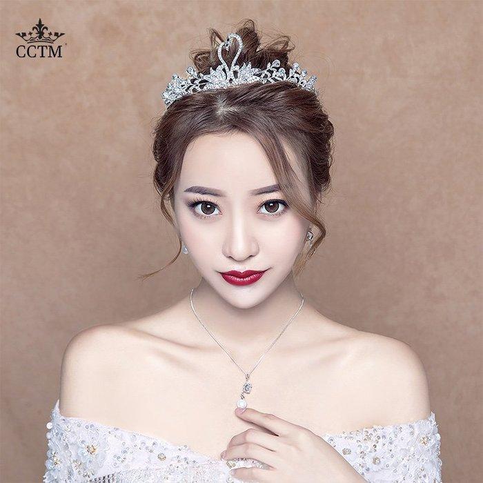 Lissom韓國代購~皇冠頭飾新娘2019新款婚紗配飾三件套項鍊耳飾巴洛克天鵝王冠飾品