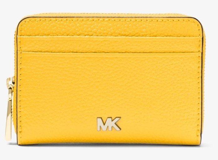 全新美國名牌 Michael Kors 向日葵黃色皮革拉鍊短夾萬用夾,只有一件!低價起標無底價!本商品免運費!