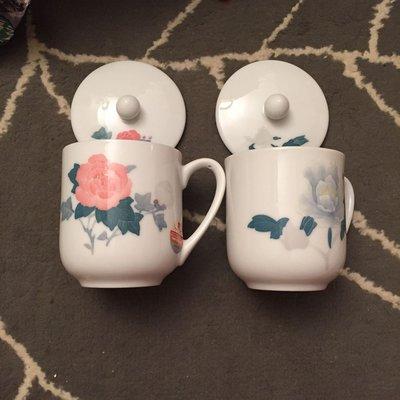 紅官窯杯2隻(湖南省公安廳出入境管理局贈)