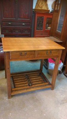 (河東堂)台灣古董傢俱精品,桌面檜木整塊板,特殊款雙抽屜書桌,誠可議價