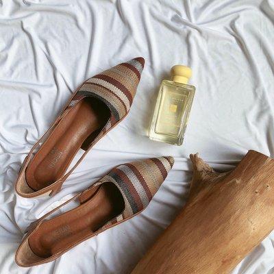 顏色很秋的編織配色尖頭鞋