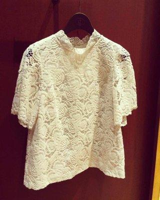 susu日本品牌Bon Merceri蕾絲米白色上衣