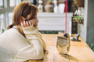 年度新品瑪倫MK-17KL17音卡林巴(Myron Kalimba)歐洲水曲柳實木板式萌喵系列卡林巴iuke 強力推薦 新竹市