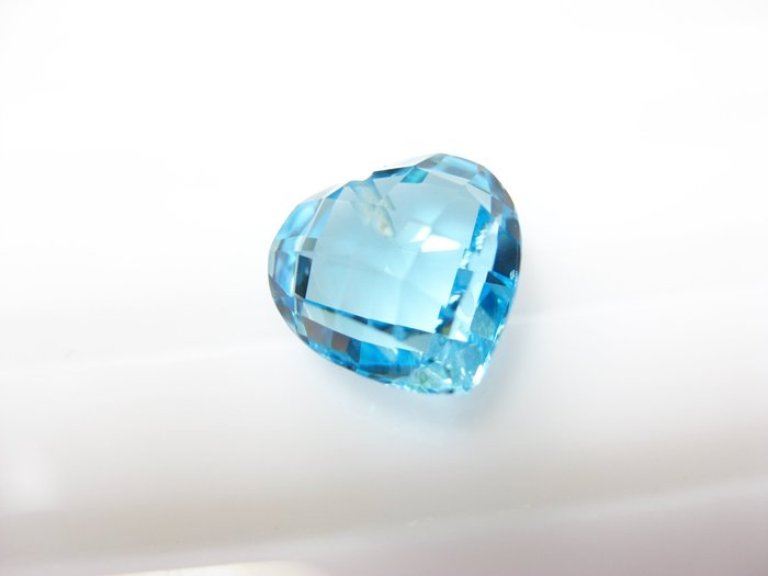 【Texture & Nobleness 低調與奢華】天然寶石 瑞士藍托帕石 7.1克拉