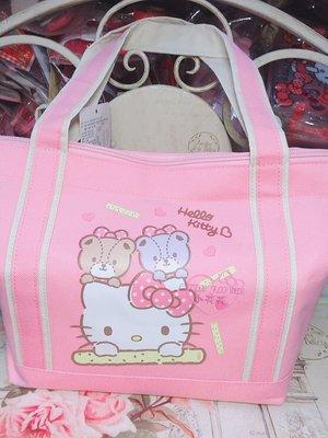 ♥小花花日本精品♥ Hello Kitty 蛋捲禮盒 芝麻蛋捲麻吉禮盒 年節送禮自用兩相宜 90304309