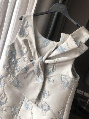Selina Wu精品 精巧 大方蝴蝶結款 前後可穿 兩穿式 洋裝 2