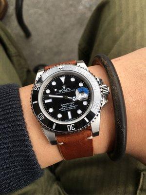 JLY DESIGN 英國馬鞍皮勞力士復古錶帶 Bridle leather 20mm 水鬼 深海 紅字  老勞