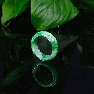 *翡翠王朝*  一元標緬甸A貨翡翠 老坑冰糯種 水潤精雕 辣綠 戒指 顏色亮種水足 佩戴收藏佳品