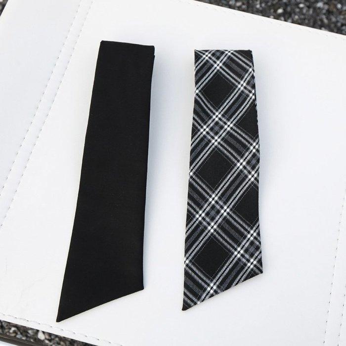 CHIC U 歐美時尚自制格子領帶中性帥氣時髦黑色斜角短款領巾