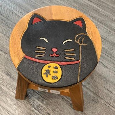 萬萬選物。日本亂亂買。現貨區。天然木。手工。雕刻。板凳。凳子。木凳。貓咪。招財貓。招福貓。黑貓。白貓