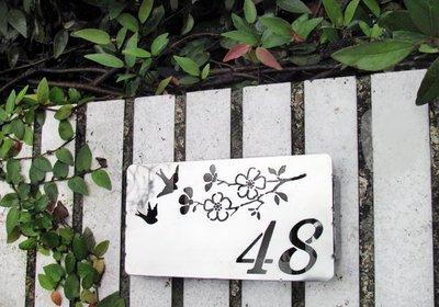 ☆成志金屬☆特級*不鏽鋼花鳥小門牌,別緻雅觀,無畏風雨,耐用精緻!本產品僅能刻數字,不銹鋼號碼牌、標示