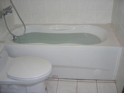 *揚名工程*和成浴缸,F6045A,F6050A完工價12000元