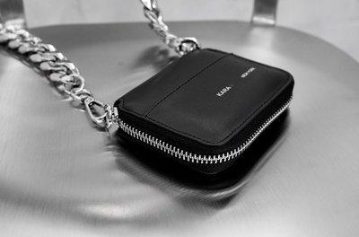 【黑店】暗黑系鍊條小包 個性金屬鍊條斜背包 個性小腰包 小容量隨身包 個性鑰匙包 XY103