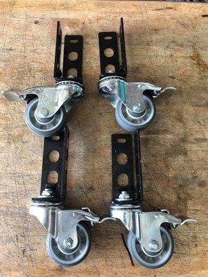 角鋼輪 免螺絲角鋼輪 3吋 一組四顆 附螺絲 促銷品 售完為止{隨機出貨輪柱顏色不定}超取一次一訂單