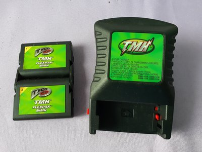 Tyco R/C TMH FlexPak Rechargeable Battery with Charger玩具車用充電器+電池