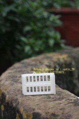 養蜂工具 禁王器 囚王籠 塑膠 捕王籠 捕王器 王籠 蜂王籠 另有 煙燻器 防蜂衣 防蜂手套 野蜂巢礎