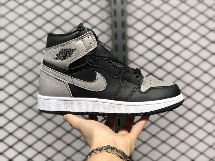 AIR JORDAN1 RETRO HIGH OG BG 575441-013 黑灰 高筒 女鞋 休閒 運動 籃球鞋