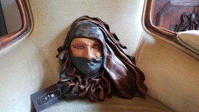 【卡卡頌 歐洲跳蚤市場/歐洲古董】歐洲老件_手工 皮雕 神秘面紗美女掛飾 歐洲老皮件 擺飾 收藏 ss0467✬