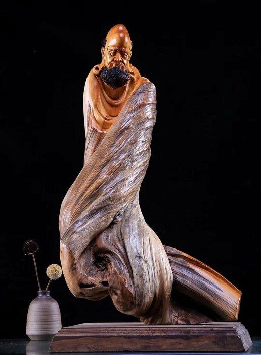 【鬼斧神工】名0412《達摩》太行陳化料,扭曲旋轉,造型獨特,仙作名師純手工雕刻,精雕細琢,禪意非凡!長32寬28高62重21斤(含運)