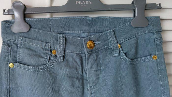 BCBG  MAXAZRIA 灰藍色單寧牛仔褲