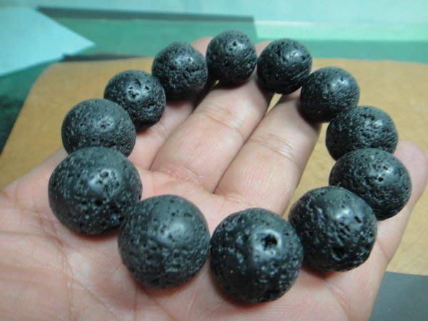 【競標網】天然泰國黑隕石原礦手珠18mm(回饋價便宜賣)限量10組(賣完恢復原價300元)