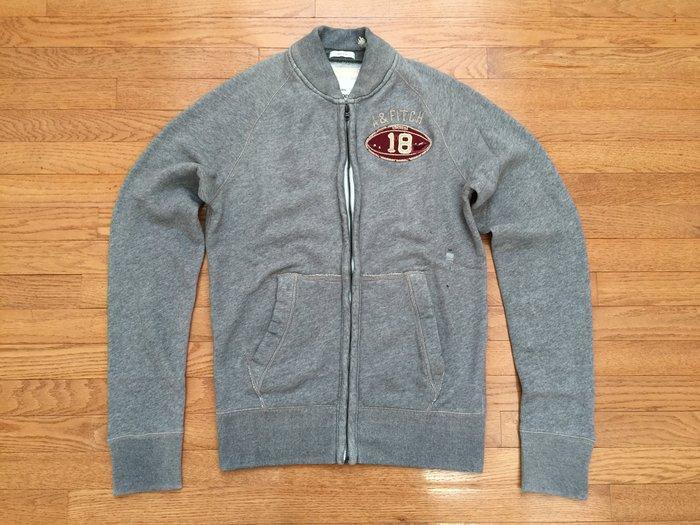 【 Abercrombie & Fitch】A&F MEN 男裝 立體車繡 字母 football 棒球外套 夾克 灰色