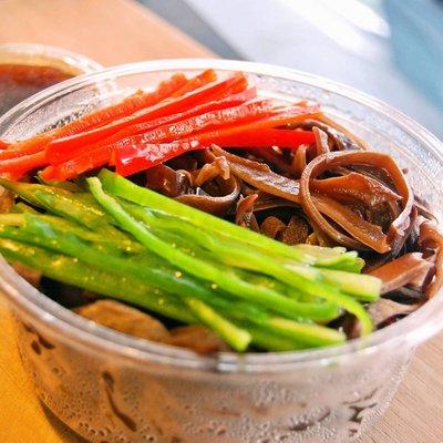 黑木耳涼拌菜 x 涼拌核桃黑木耳│清爽開胃、輕食沙拉、鹹香可口
