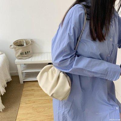 包包女斜挎包ins 洋氣同款云朵包褶皺單肩斜跨包餃子包手拿夾子包