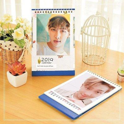 BTS周邊金南俊個人2019年最新款高清美圖日曆桌曆台曆