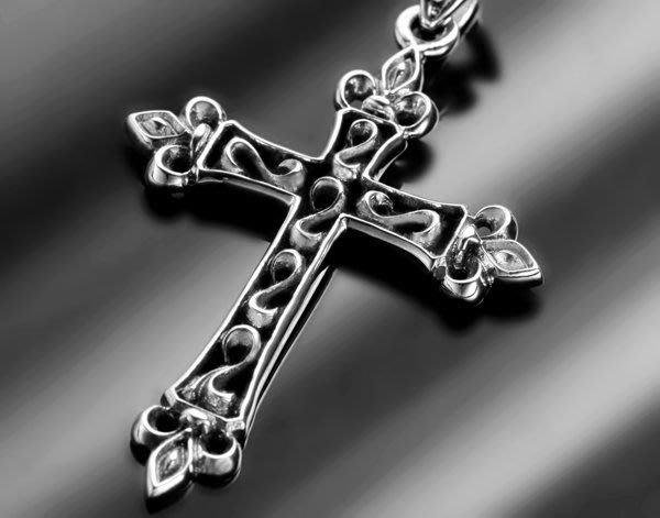【創銀坊】聖歌德 十字架 925純銀 墜子 重機 搖滾 龐克 基督教 哈雷 騎士 上帝 克羅心 神 項鍊(P-7603)