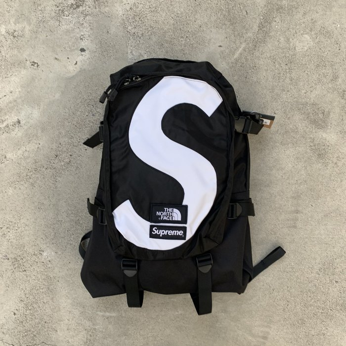 ☆LimeLight☆ Supreme x TNF S Logo Expedition Backpack 背包