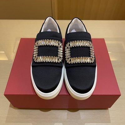 Roger Vivier Sneaky Viv 黑色緞面水鑽方釦休閒鞋