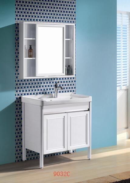 FUO衛浴:80公分 合金材質櫃體 陶瓷盆 立式浴櫃組(含龍頭) T9032無鏡櫃