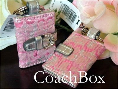 Coach PICTURE KEYFOB 時尚粉紅色鑲鑽相簿鑰匙圈╭*;免運費 愛Coach包包+禮盒裝