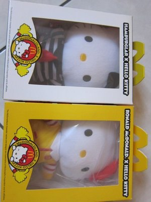 麥當勞‧ 2012 麥麥幫 Hello Kitty ‧ 漢堡神偷 ‧ 麥當勞叔叔  全新 未拆 以前收集 2隻一起賣