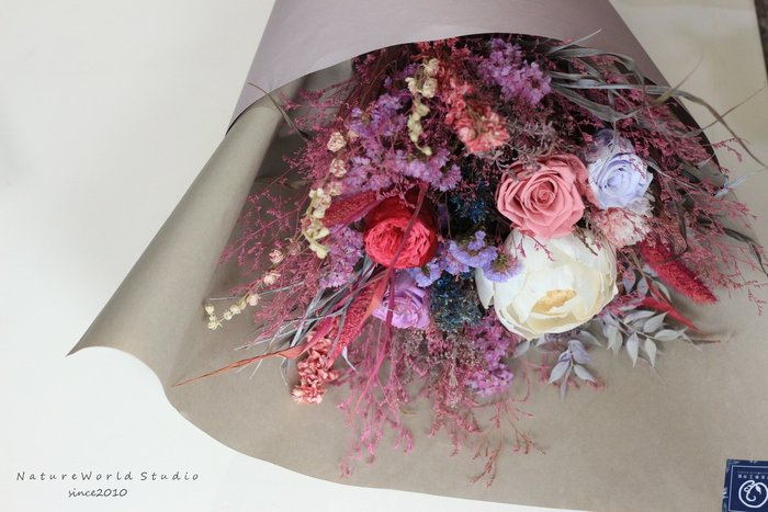 索拉牡丹-玫瑰永生花束-慶悅香氛花束[原生態工作室]