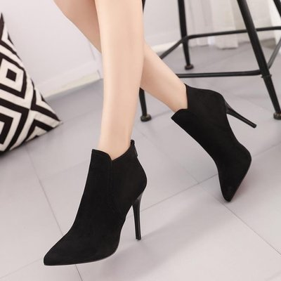YEAHSHOP 尖頭高跟細跟絨面女鞋短靴英倫時尚女靴子裸靴馬丁靴34556Y185