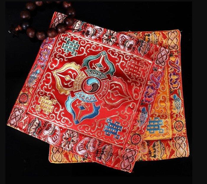 【準提無意間】義賣品* 藏式  尼泊爾手工 十字金剛杵法器墊   金剛鈴杵墊   法器蓋布  法寶墊
